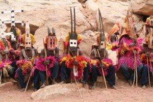 Pays-Dogon-Falaise-de-bandiagara-village-tereli-danse-des-masques